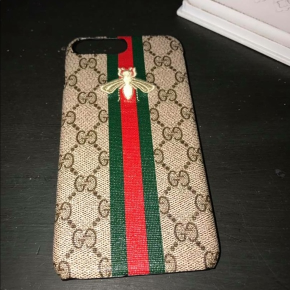 new style b268a 26a6d New Gucci iPhone 8 Plus phone case logo bee stripe